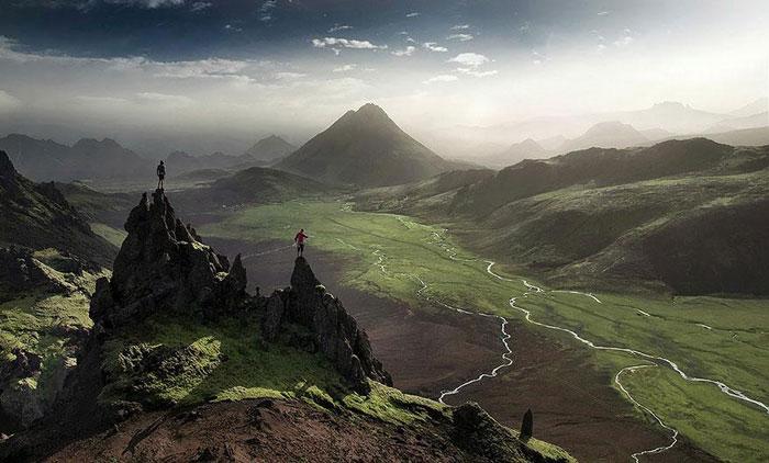 ایسلندشامل یک جزیرهٔ بزرگ و چند جزیرهٔ کوچک است - راهنمای سفر به ایسلند