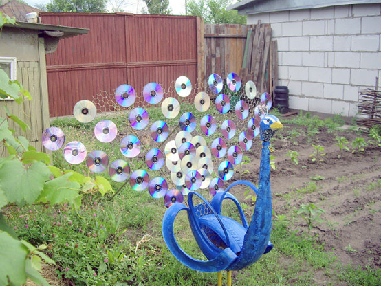 motamem_org_Repurpose-Old-Tire-into-Animal-Themed-Garden-Decor-41