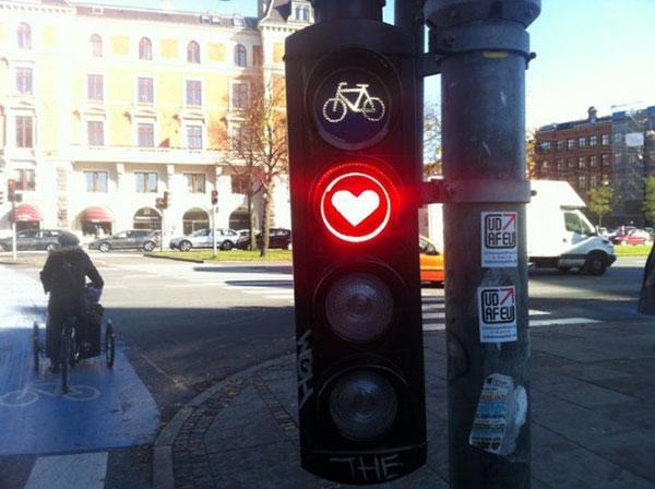 چراغ راهنما به سبک قلب در کپنهاگ دانمارک