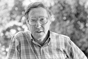 ویلیام گلاسر - کسی که تئوری انتخاب را مطرح کرد. در نظریه انتخاب، تقریباً تمام رفتارها را از سر آگاهی و انتخاب در نظر میگیرند