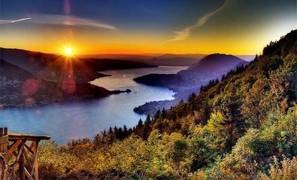 دریاچه انسی، رشته کوه های آلپ فرانسه