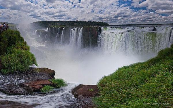 آبشارهای زیبای جهان