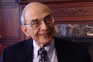 کریس آرگریس و نظریه حمایت شده و نظریه مورد استفاده