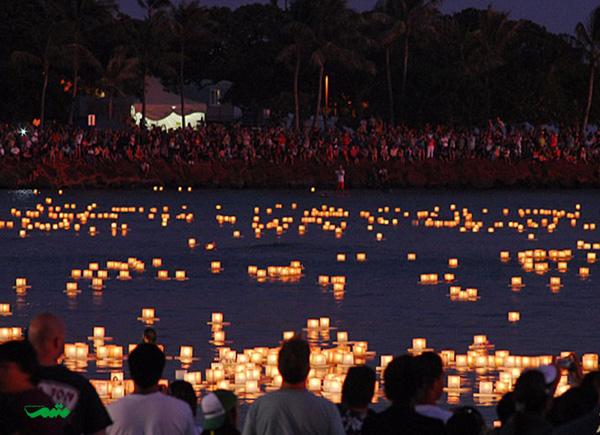 جشنواره فانوس های شناور هاوایی آمریکا