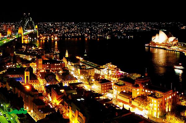 سیدنی در شب - نمای شهر در شب