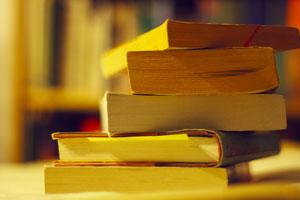 فهرست کتابهای پیشنهادی برای خرید از نمایشگاه بین المللی کتاب تهران