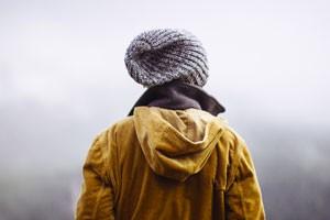 تعریف درونگرایی چیست و چگونه مفهوم پردازی میشود؟