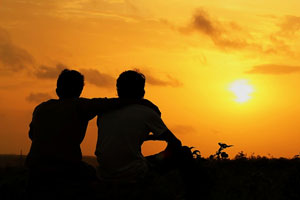 تعریف دوستی چیست؟ چه کسانی دوست واقعی شما هستند؟