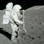 تمرین برای تصمیم گیری تیمی (تلاش برای بقا در سطح کره ماه)