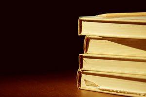 کارل سیگن در مورد کتاب و کتابخوانی صحبت میکند