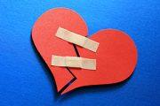 موزه رابطه های عاطفی و پیوندهای شکسته شده