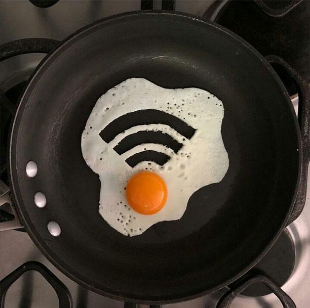 تخم مرغ نیمرو یا تابلوی هنری