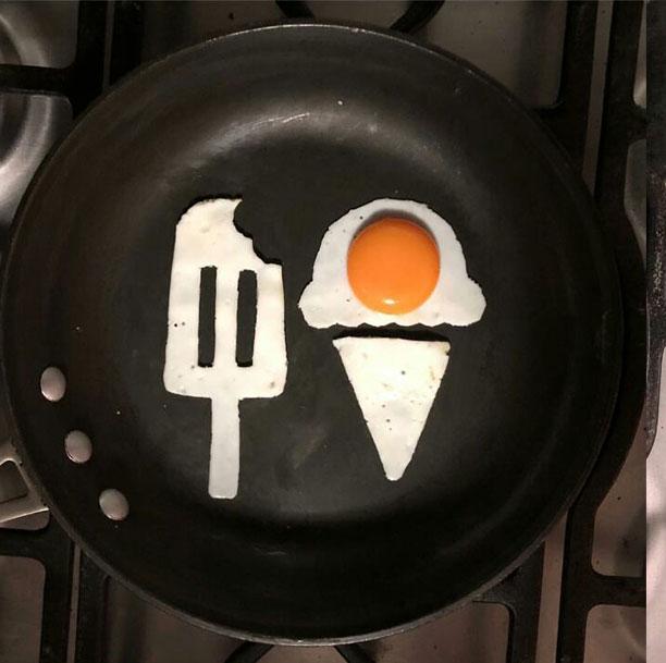 هنر تخم مرغی - نقاشی با نیمرو