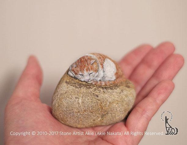 آموزش نقاشی روی سنگ با گواش