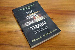 کتاب دختری در قطار نوشته پائولا هاوکینز