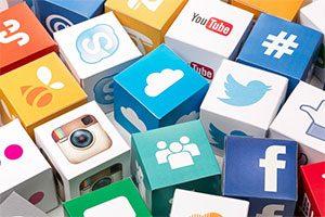 خط مشی حضور در شبکه های اجتماعی برای کسب و کارها
