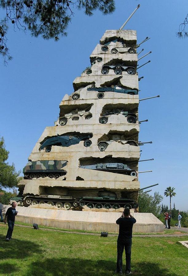 امید صلح مجسمه ای در لبنان