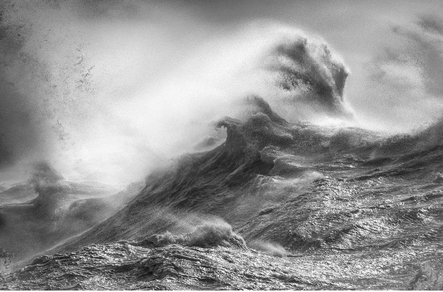 عکس های موج دریا