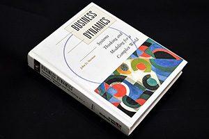 کتاب پویایی شناسی سیستم ها یا پویایی شناسی کسب و کار - نوشته جان د استرمن
