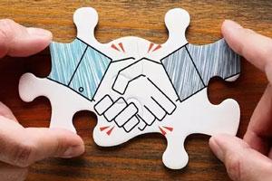 شرکت هلدینگ چیست؟ اداره شرکت هلدینگ چه تفاوتی با شرکت سرمایه گذاری دارد؟