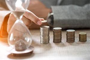ثروت زمانی چیست؟ فقر زمانی چگونه به وجود میآید؟