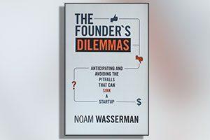 کتاب چالش های کارآفرینی - دو راهی های پیش روی کارآفرینان